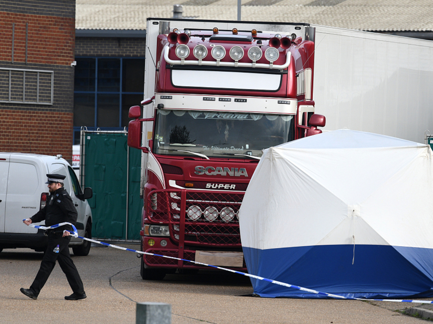 British police launch manhunt for two men over Essex lorry deaths