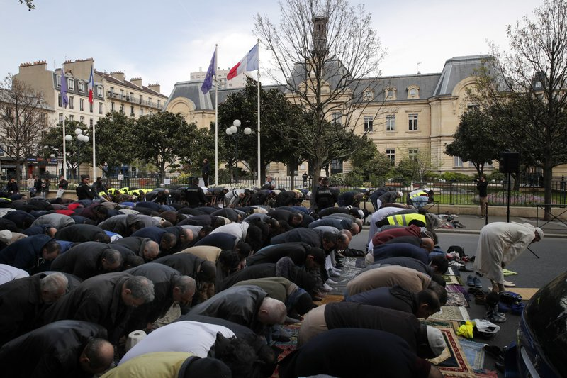 Two injured in France mosque shooting