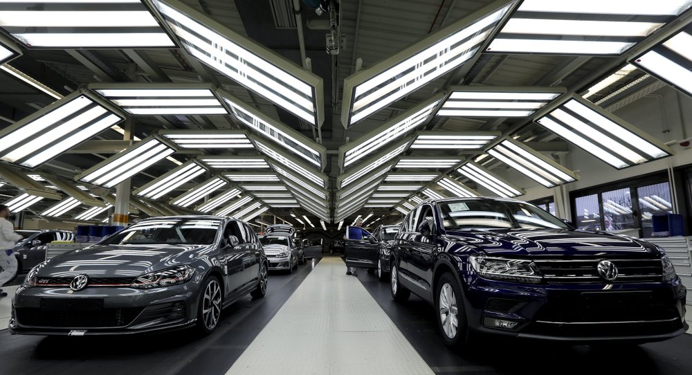 German carmaker Volkswagen sets up subsidiary for autonomous driving