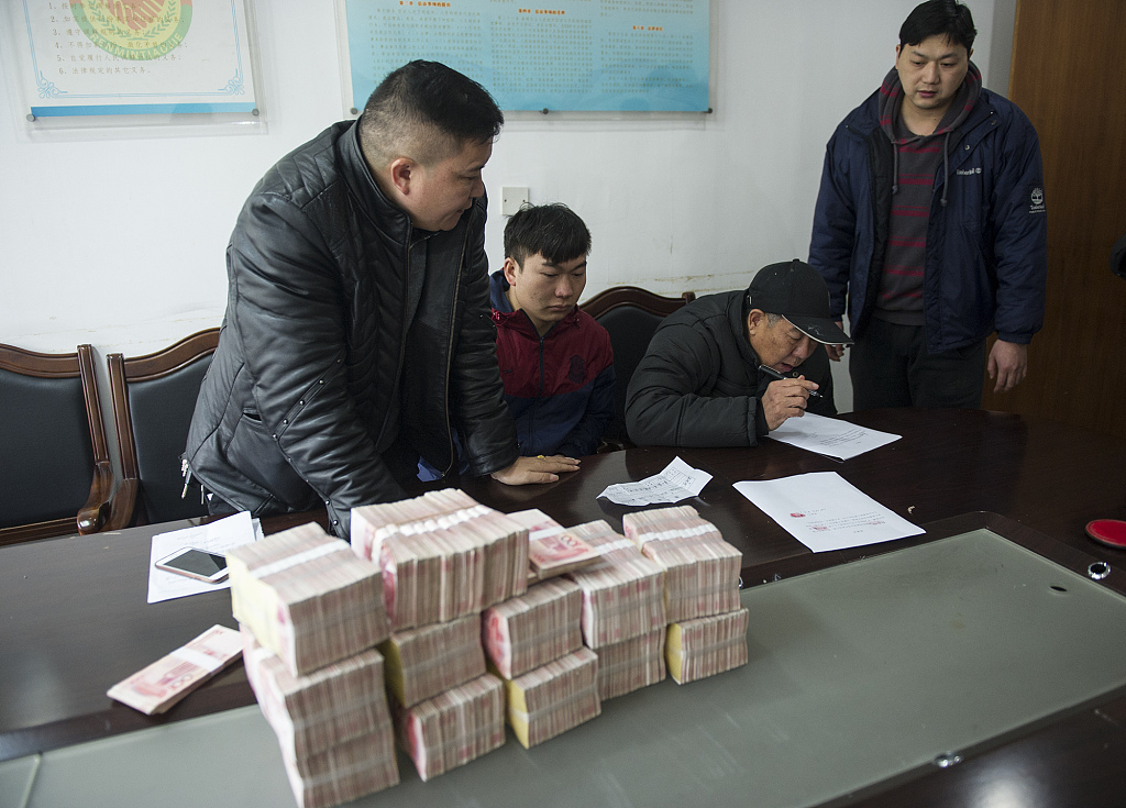 China intensifies fight against wage defaults