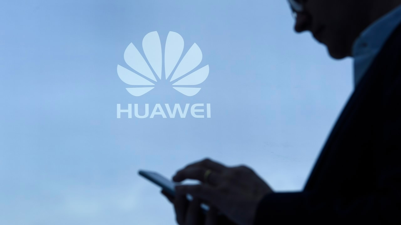US continues to pressure Huawei, ZTE