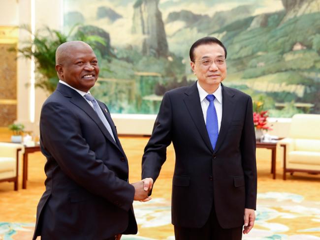 Premier Li meets South African deputy president