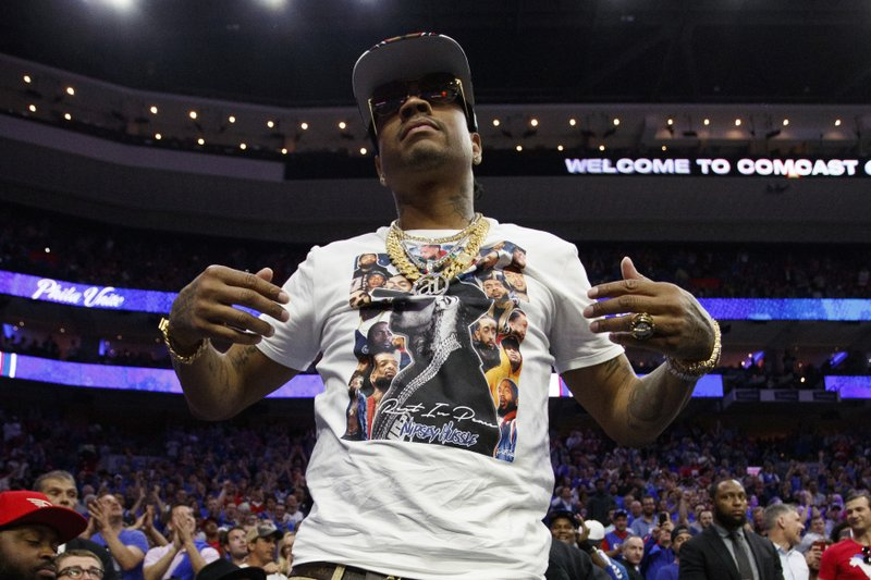 Iverson remains Philly icon as 76ers race to perfect start