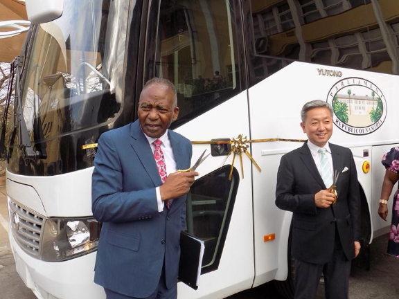 Namibian parliament commends China's donation of facilities
