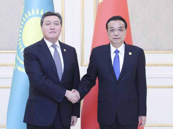 China ready to promote ties with Kazakhstan to new level: Premier Li