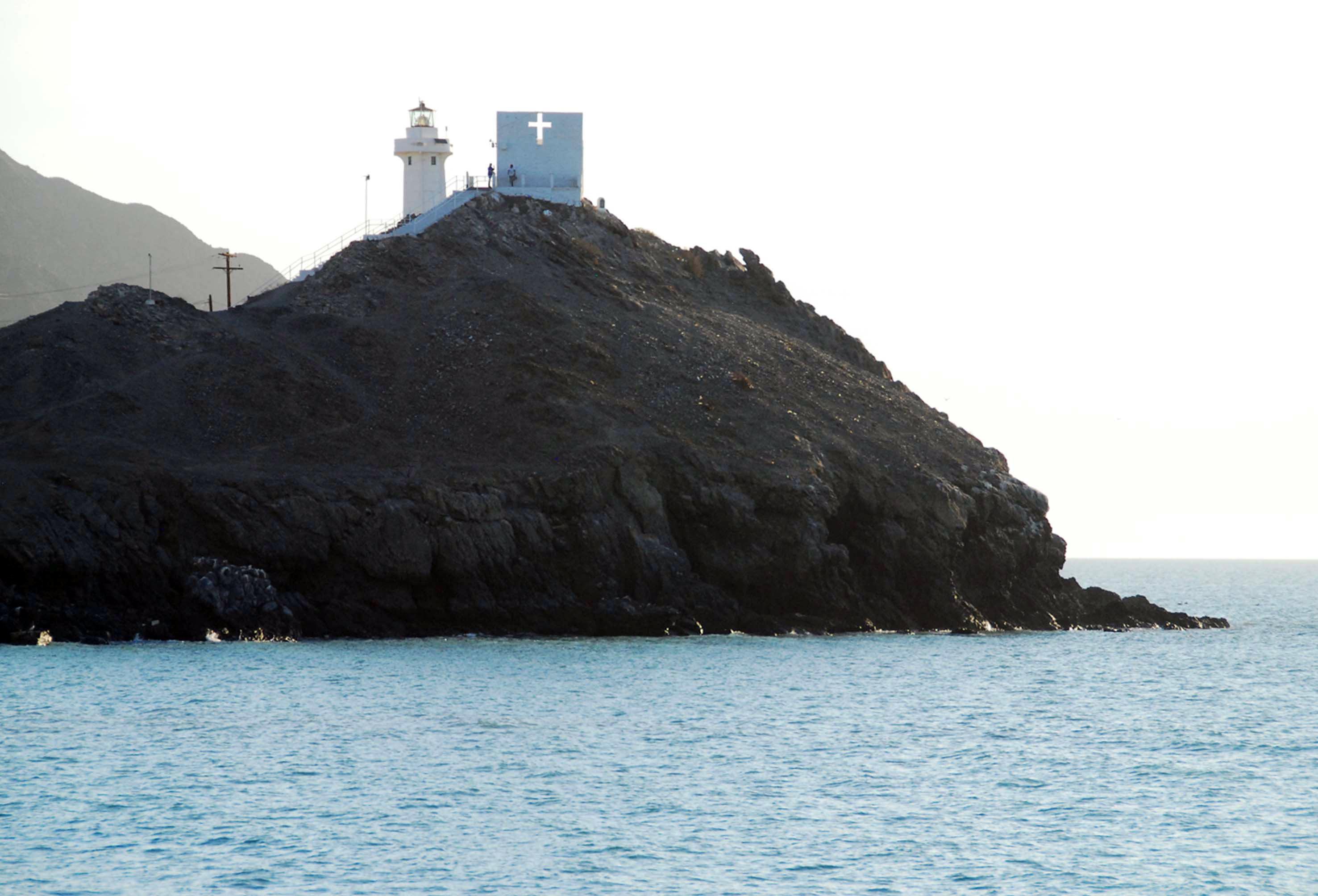 Mexico's Baja Sur resorts to start charging tourist tax