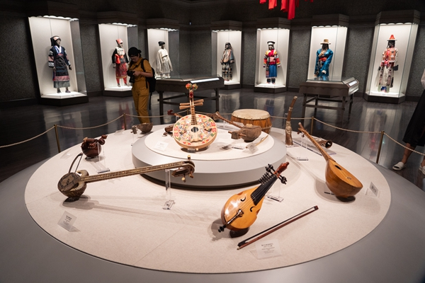 Exhibition on ethnic cultures gets new look at Shanghai Museum