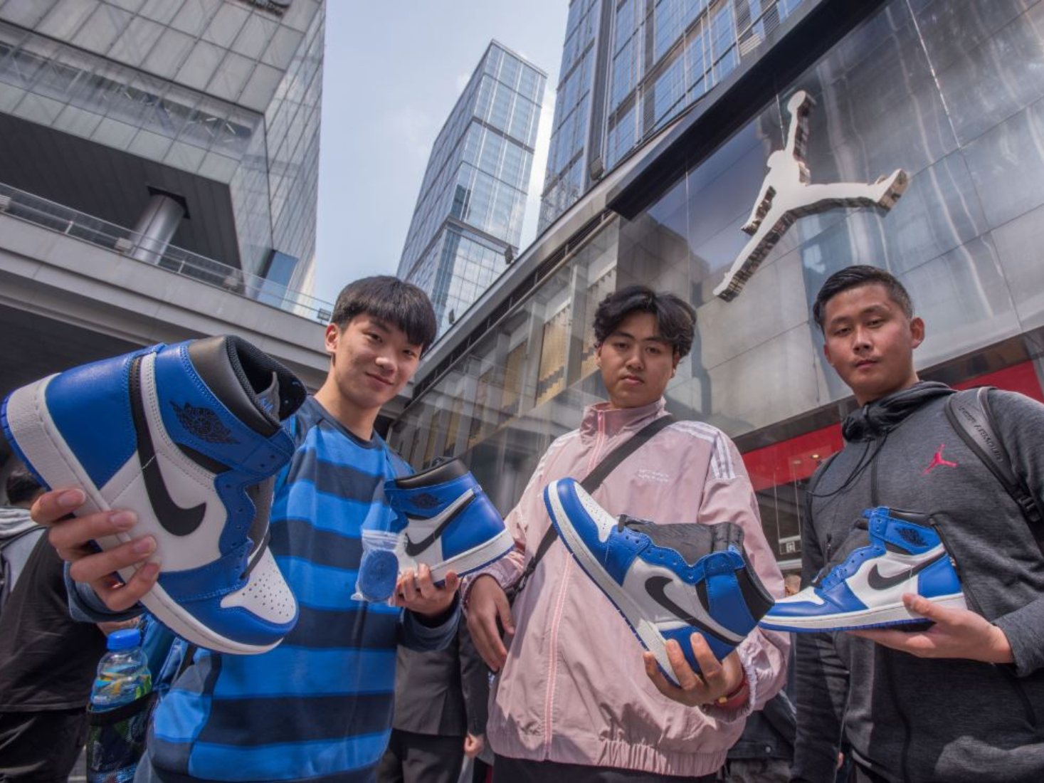 China's central bank warns of financial risks in crazy sales of sneakers