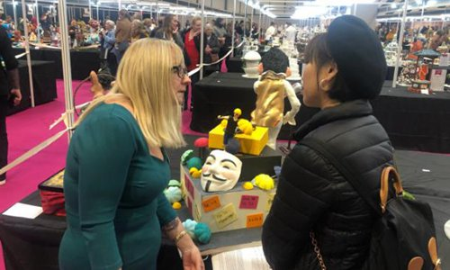 Chinese contestants boycott pro-HK riot entry at UK cake competition