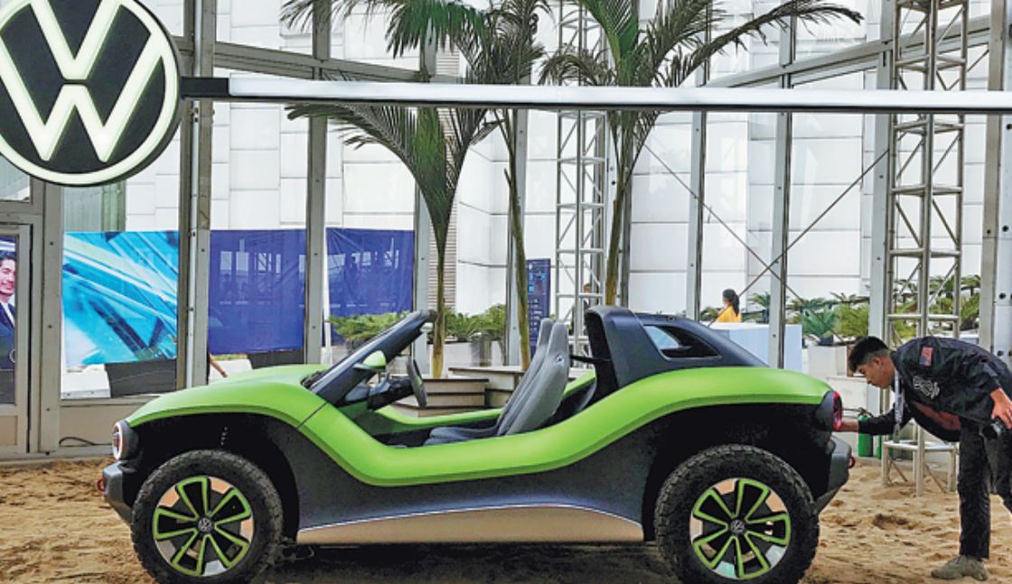 Volkswagen pins renewed fortunes on electrification, digitalization