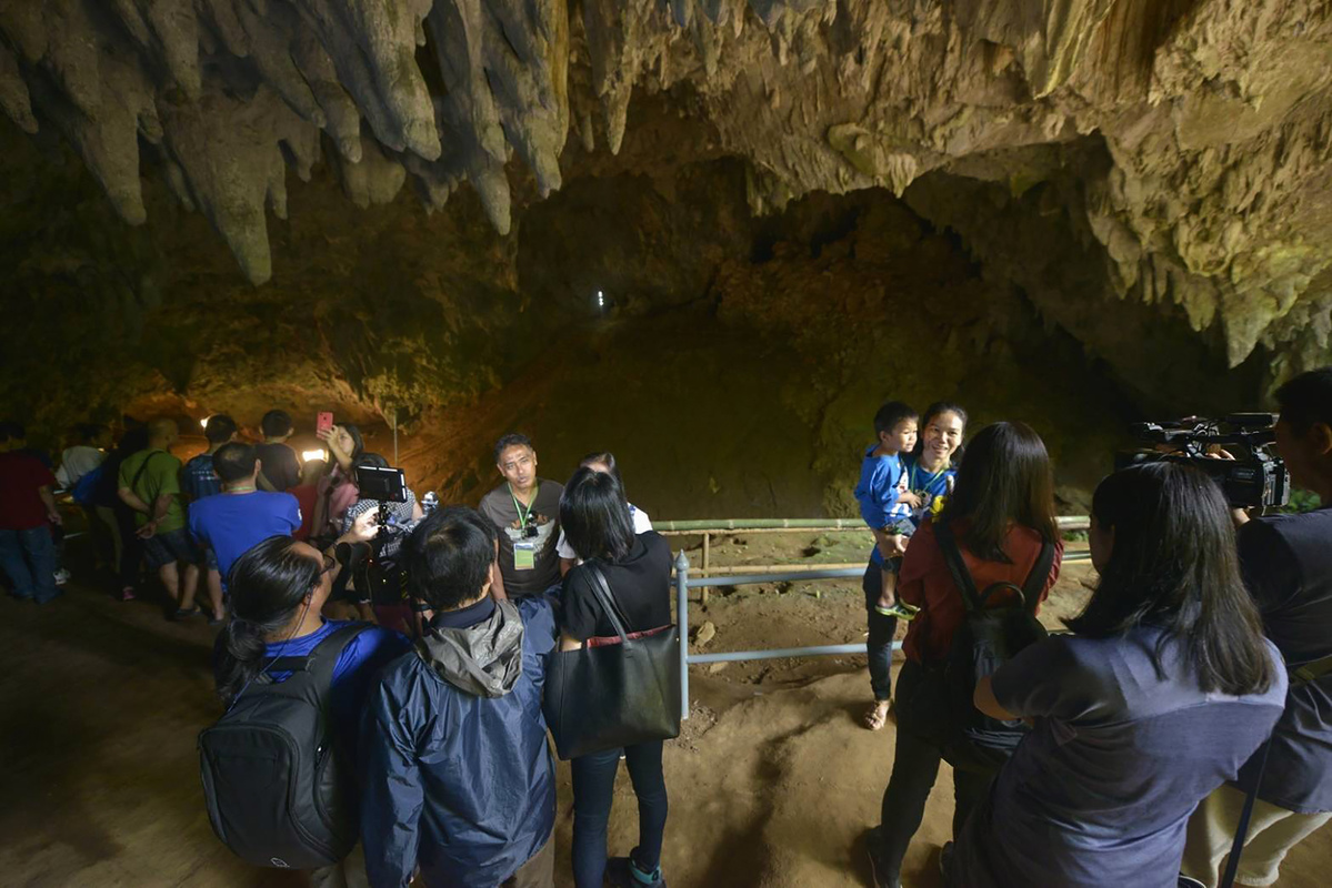 Thai cave reopens for visitors after rescue