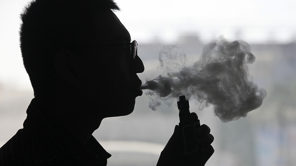 E-cigarettes reaching younger user base