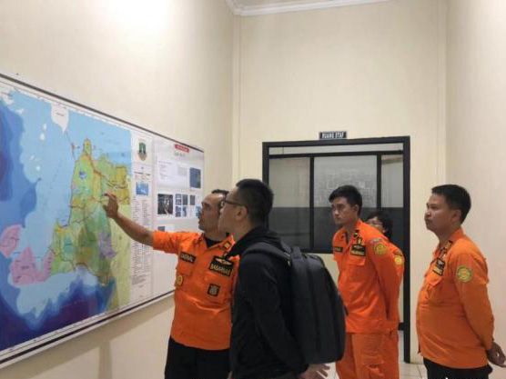Search continues for 2 missing Chinese divers in Indonesia