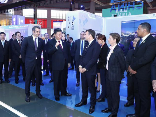 Xi, foreign leaders tour CIIE exhibitions