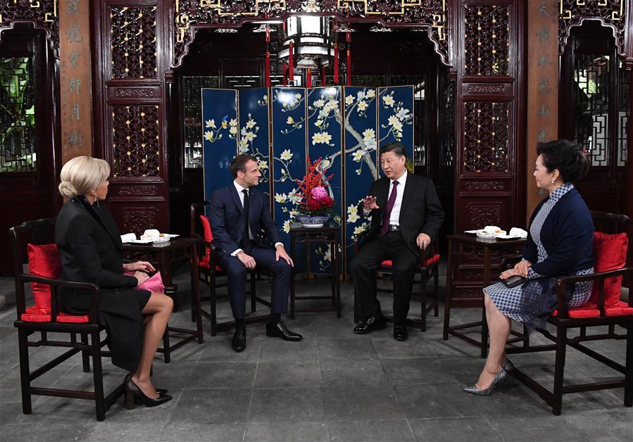 Xi Macron.jpg