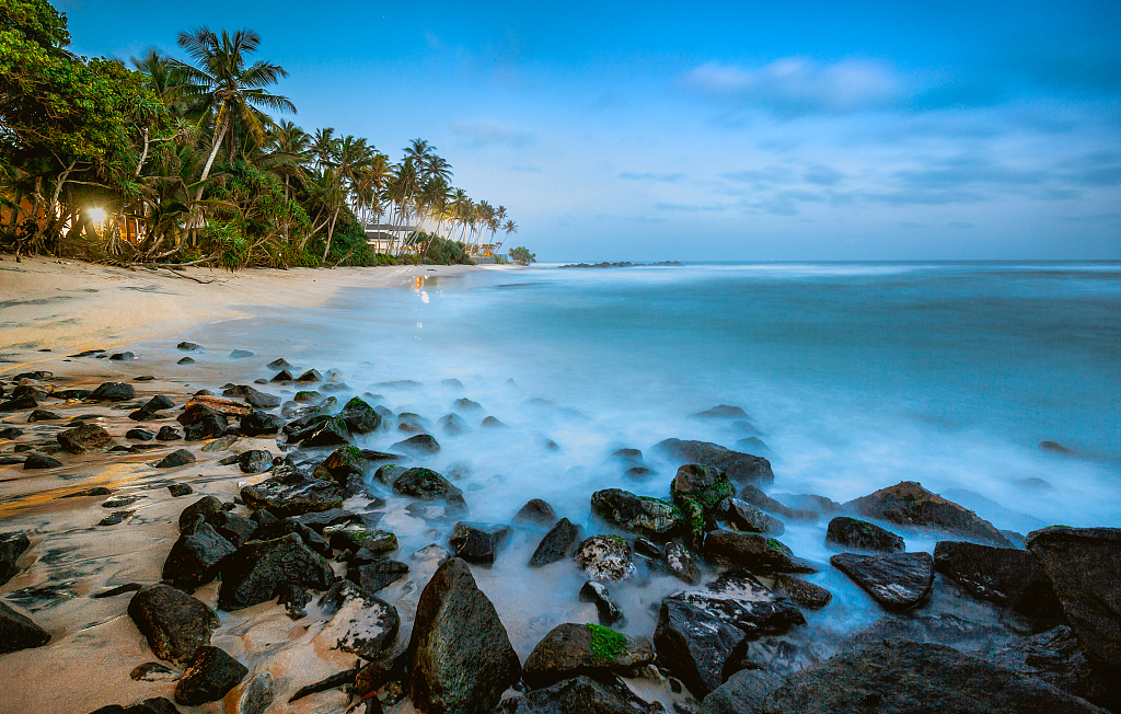 Sri Lanka's national air carrier to begin flights to north to boost tourism