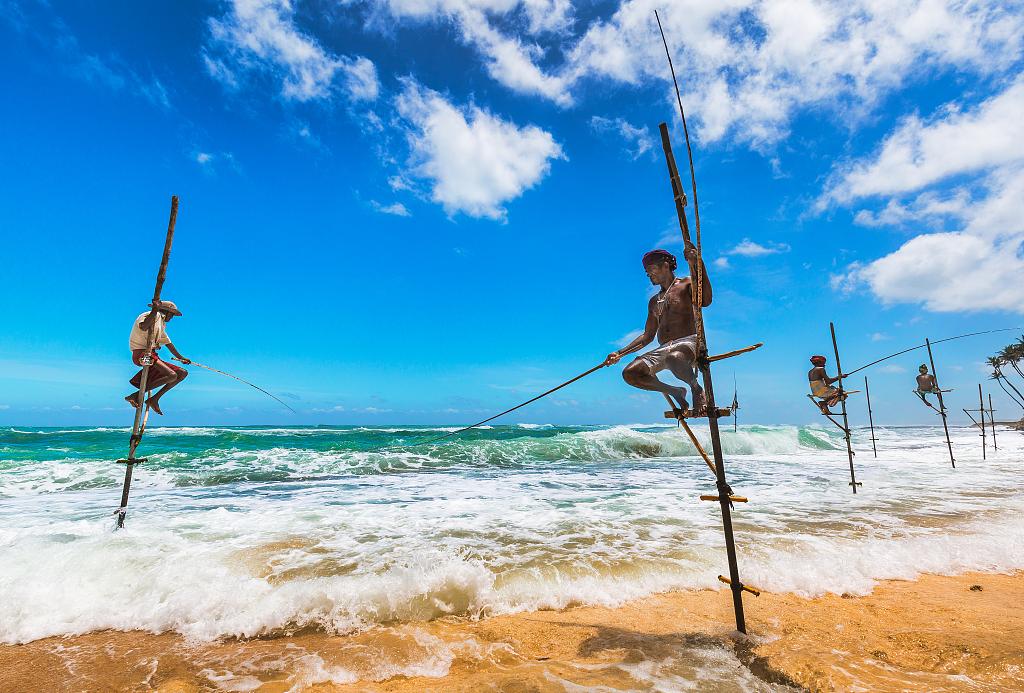 Over 118,000 tourists visit Sri Lanka in October