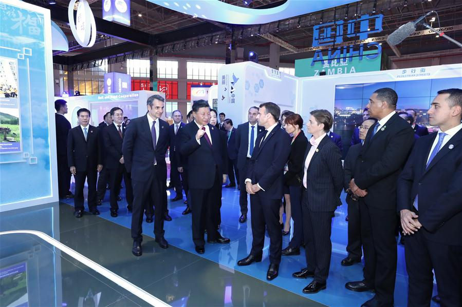 'Joining hands' toward 'shared future': Xi and China int'l import expo