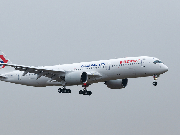 China Eastern Airlines announces new routes, deals at CIIE