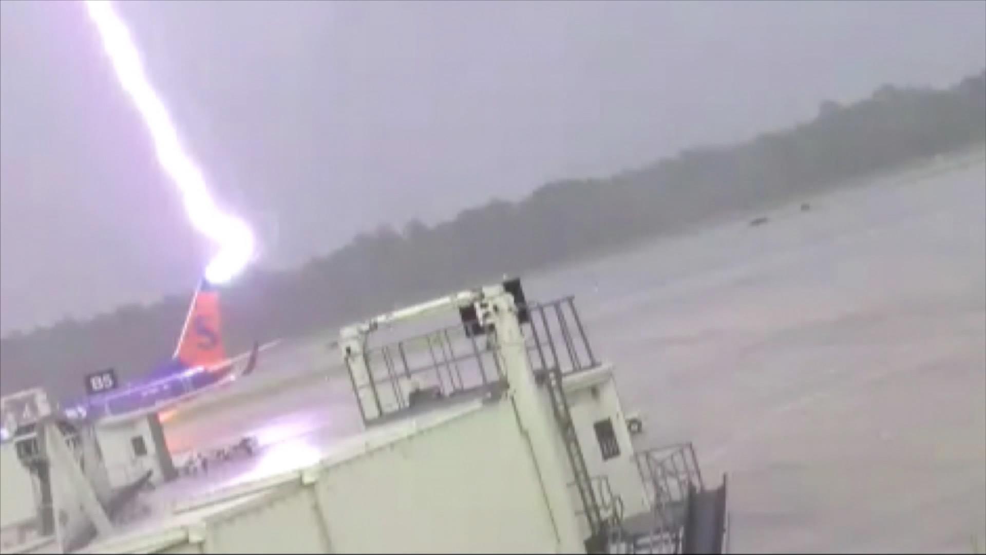 6 killed in Uganda lightning strike
