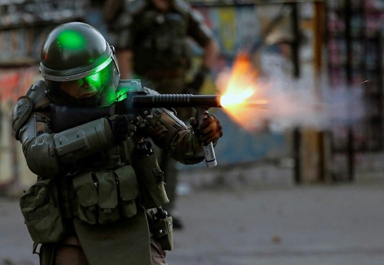 Protests in Chile spread into wealthy Santiago neigborhoods