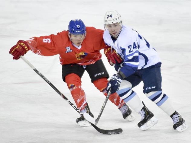 21st round match at Silk Road Supreme Ice Hockey League: Tsen Tou vs. Buran