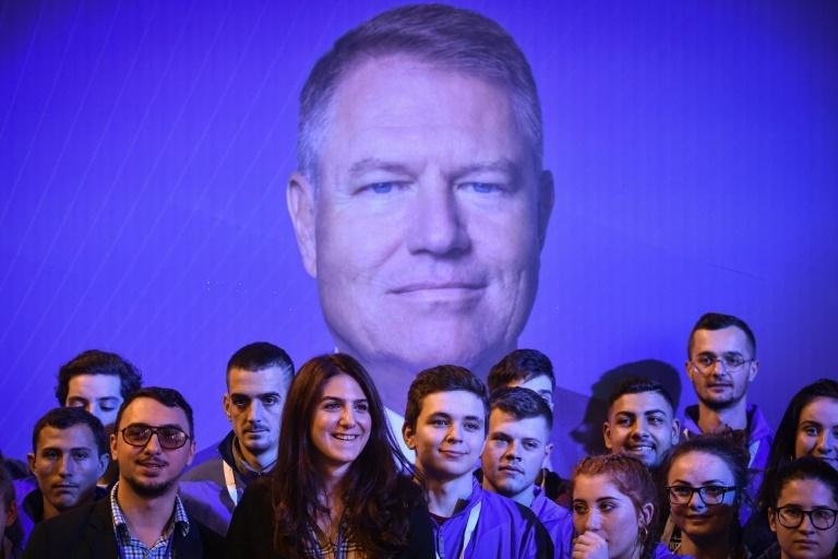 Romania vote set to give boost to region's liberals