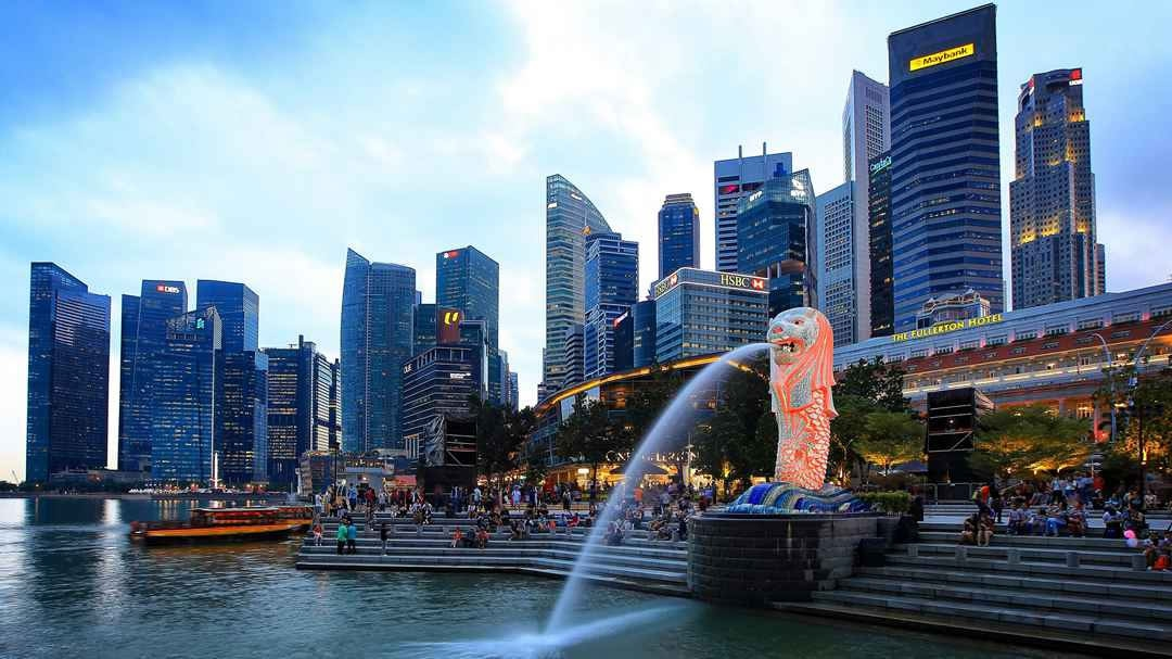 Singapore launches $2 bln investments program to support green finance