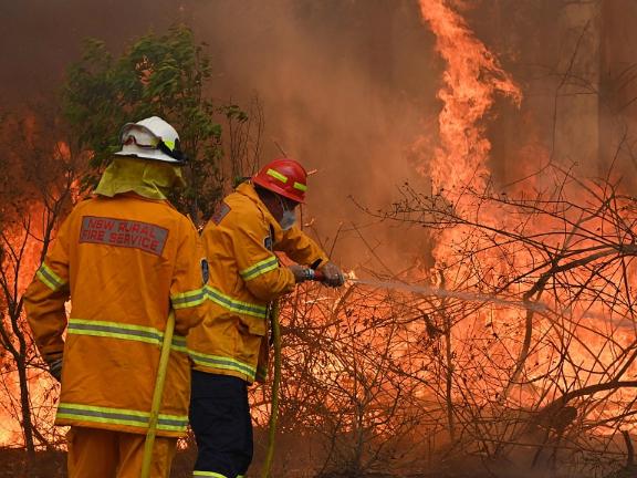 Death toll in Australia's bushfires rises to 4