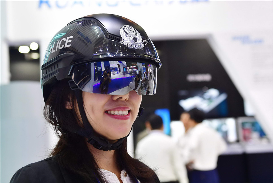 Intelligent manufacturing takes center stage at High-Tech Fair