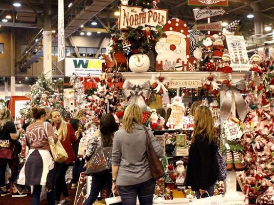 Annual 'Nutcracker Market' openes in Houston, US