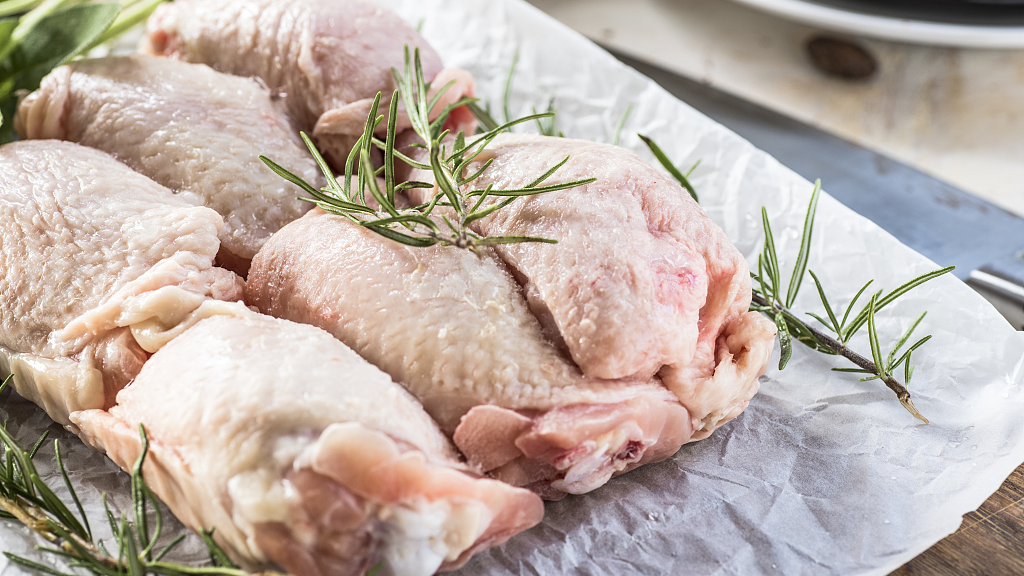 China lifts restrictions on US poultry imports