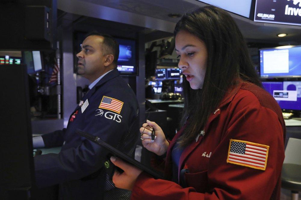 US stocks close higher amid trade optimism, data