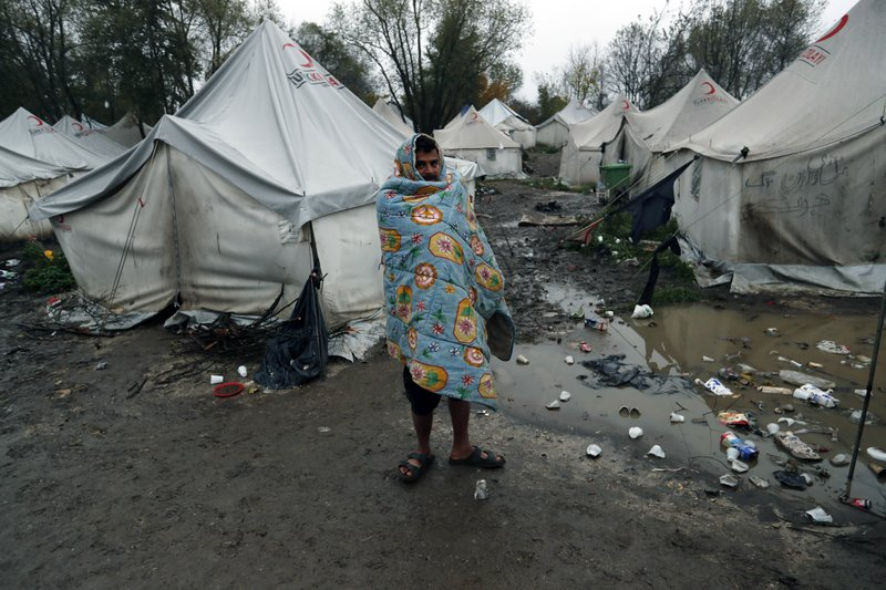 Rights group: Bosnian migrant camp 'dangerous and inhumane'