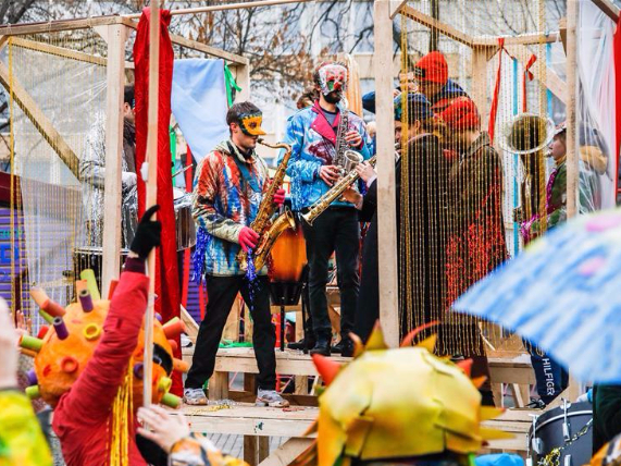 Tropical Carnival held in Moscow