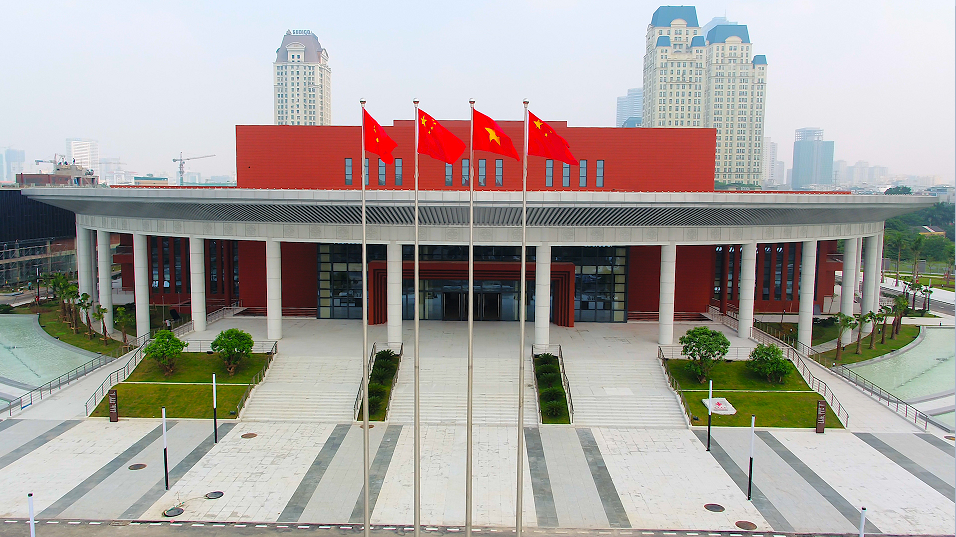 China, Vietnam to tap great potentials in trade cooperation