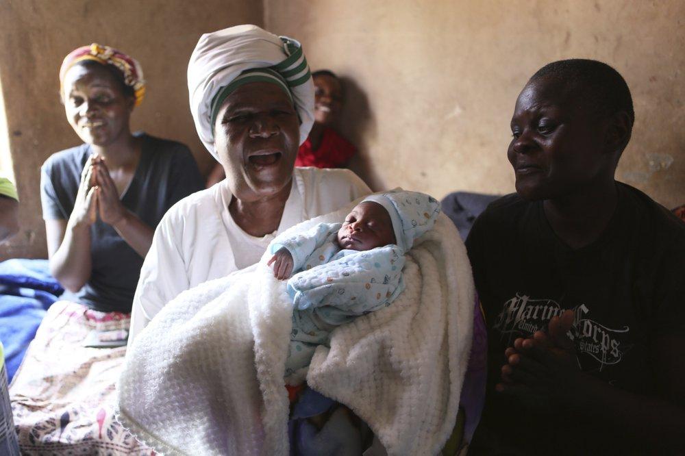 No training, no gloves: Zimbabwe's desperate childbirths