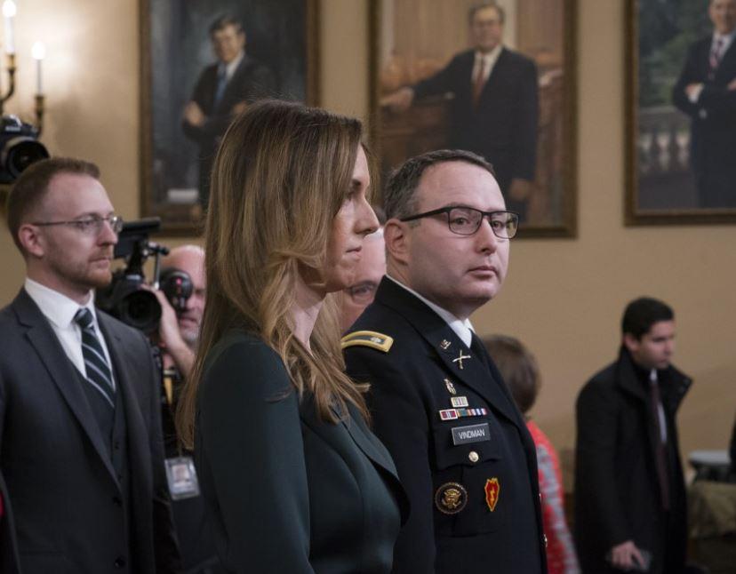 Trump call 'improper,' 'unusual,' White House aides testify