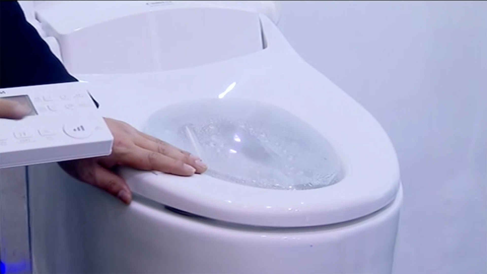Domestic brands begin to take over China's bathrooms