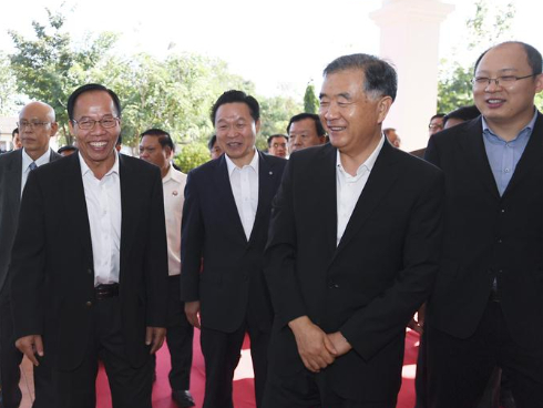 Chinese top political advisor visits Laos to promote bilateral cooperation, boost ties