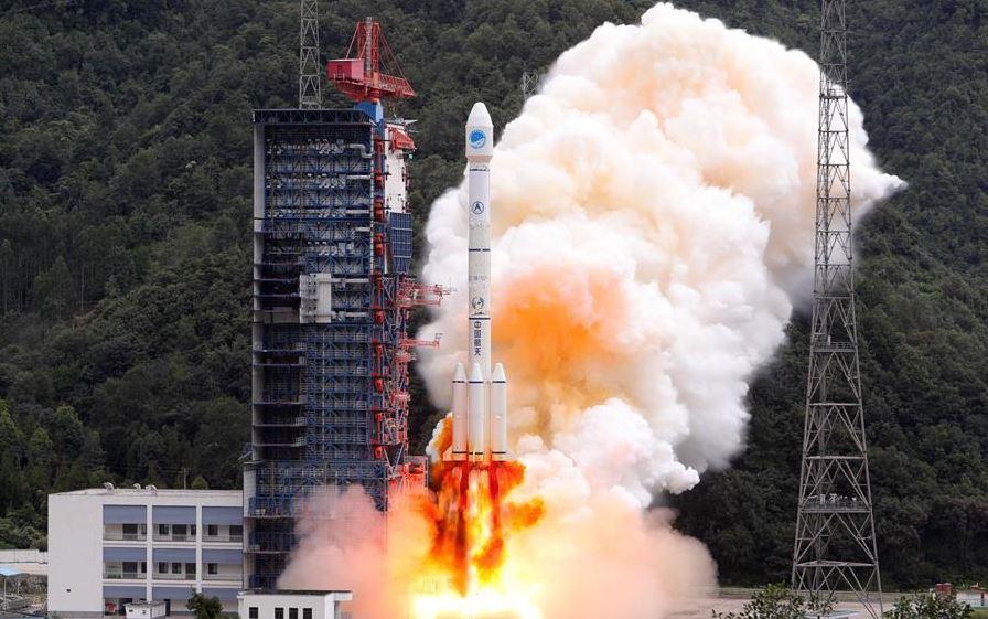 China launches satellite service platform
