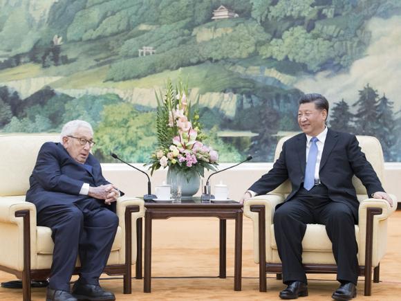 President Xi meets Kissinger