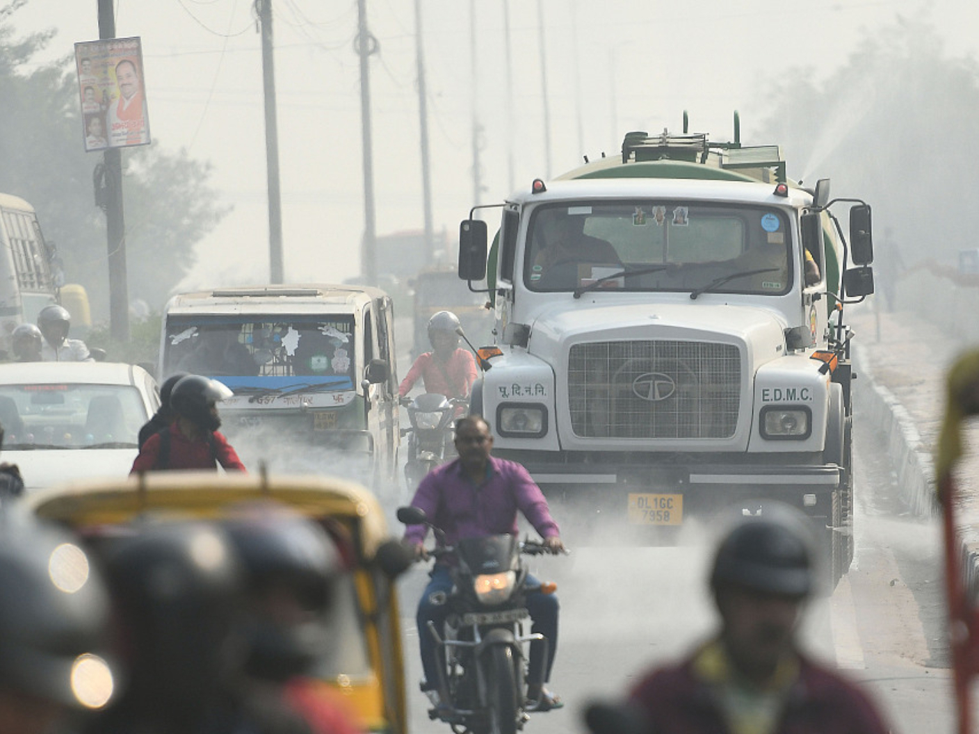 Indian capital struggles with very poor air quality