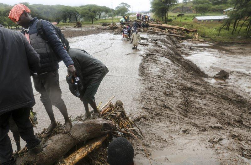 Mudslides, floods kill 34 people in western Kenya