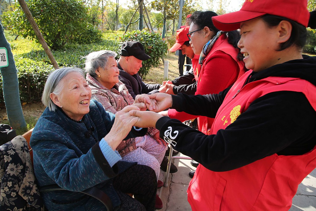 China launches new measure to improve elderly care