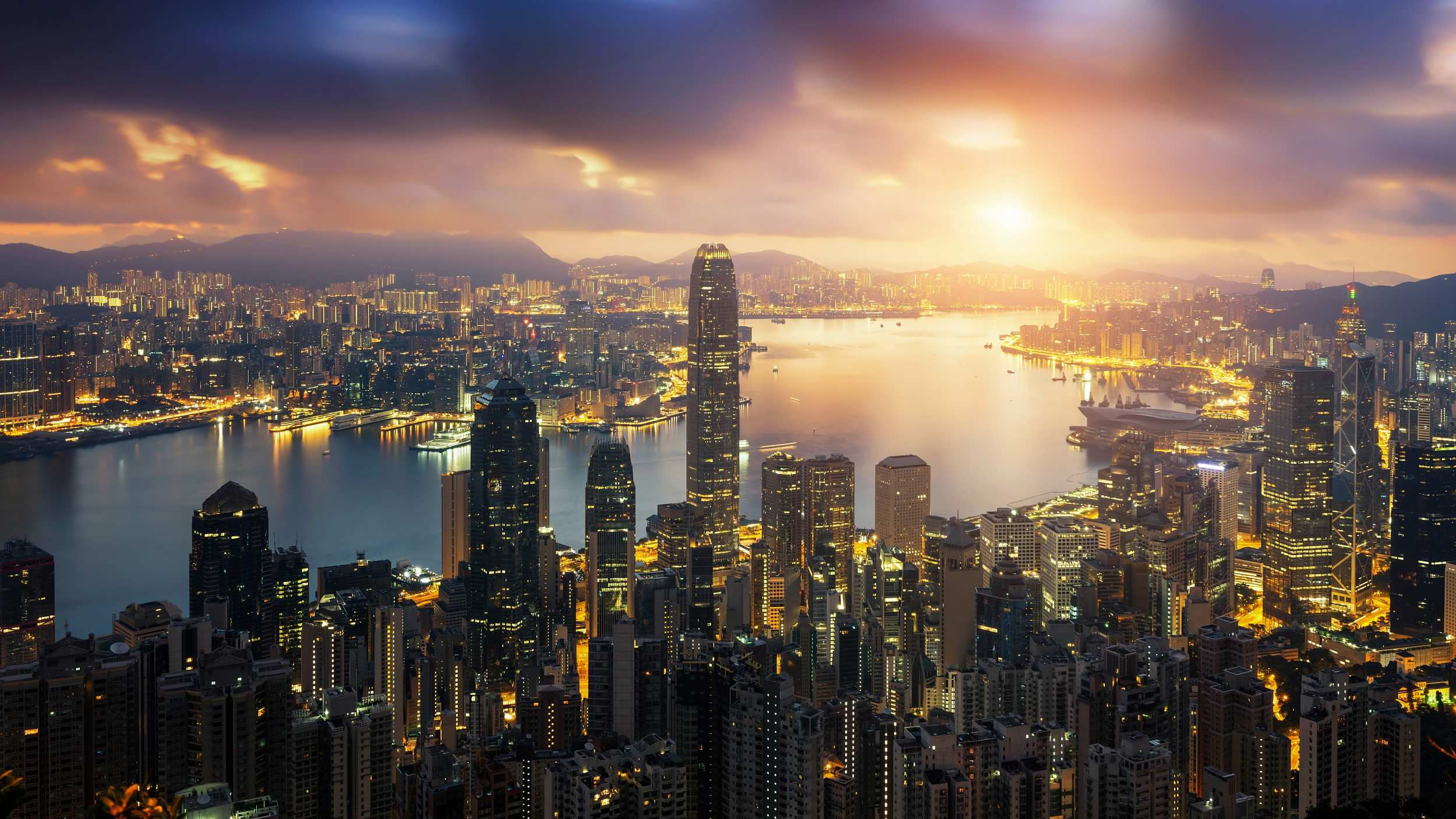Hong Kong, Macao sign pact on avoidance of double taxation