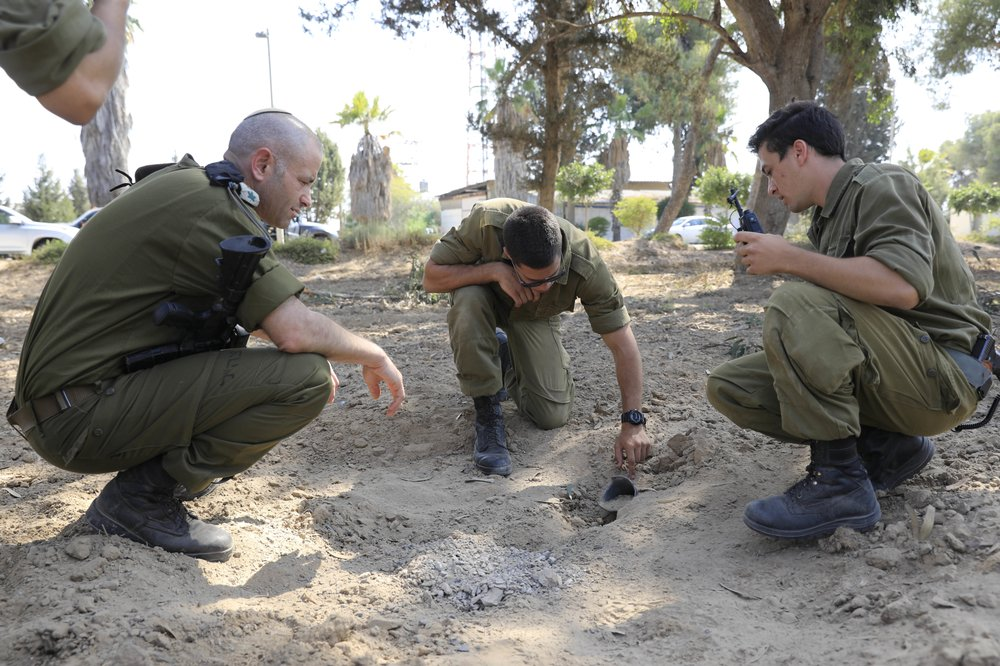 Unknown militants fire rocket from Gaza into Israel