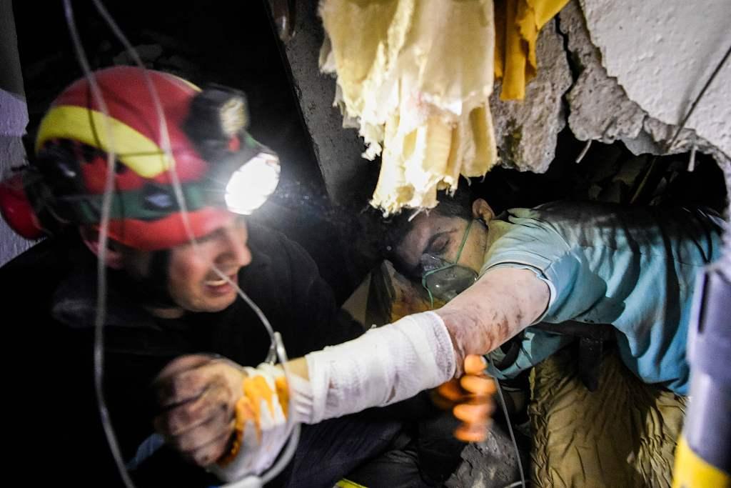 More than 20 dead as Albania hunts for earthquake survivors