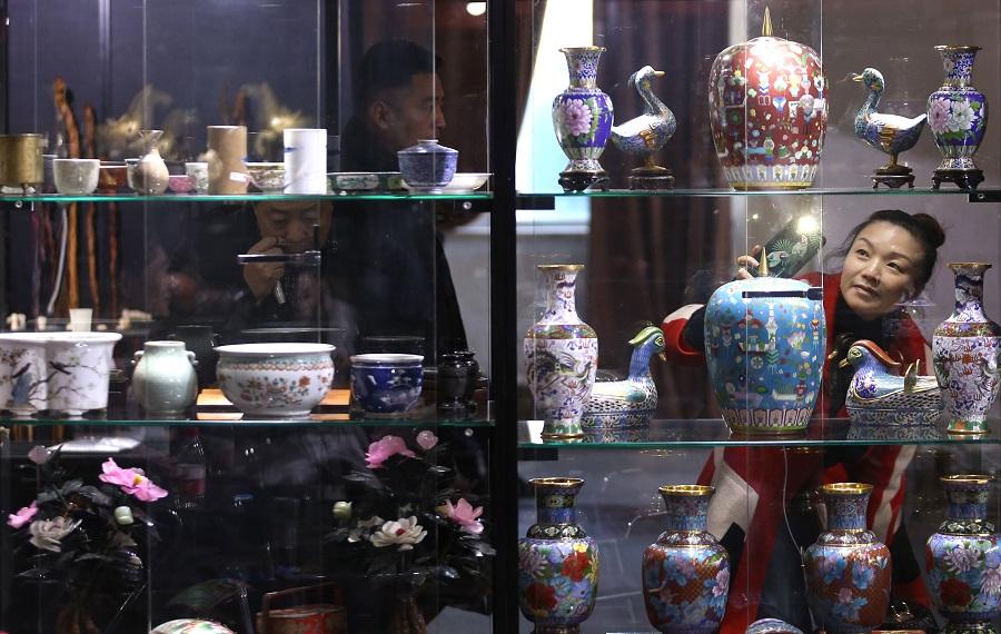 Beijing China Art Int'l Fair presents artistic treasures