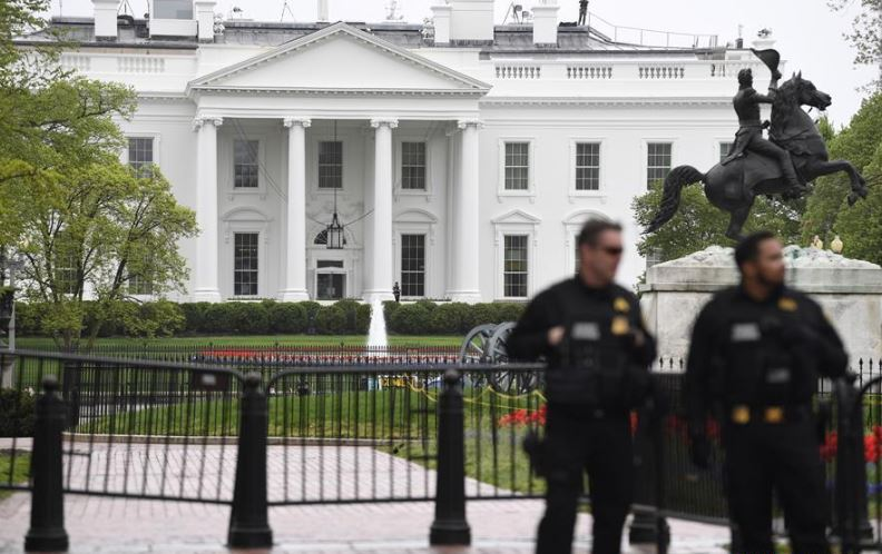 White House on lockdown due to potential airspace violation